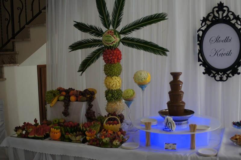 Fontanna czekoladowa na weselu