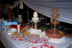fontanna serowa i alkoholowa na urodzinach
