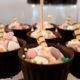Słodki stół na urodzinach