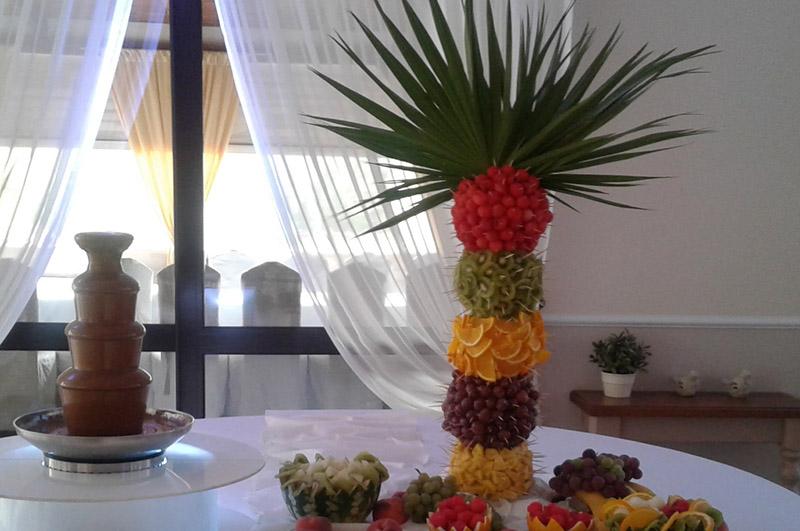 Duża palma owocowa