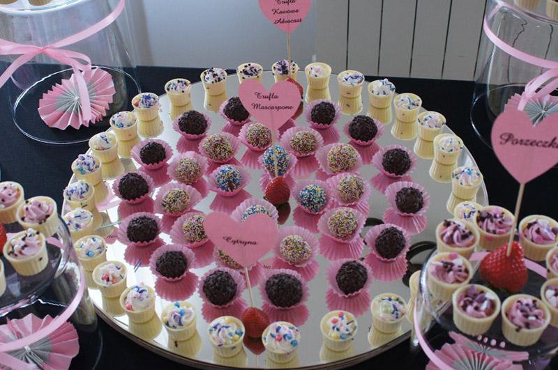 Słodki stół na komunie