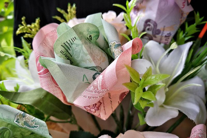 Bukiet pieniędzy z origami