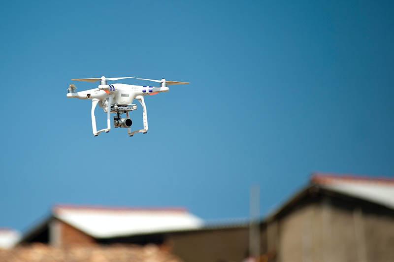 Dron na komunię